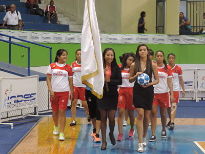 http://umasonsonate.edu.sv/images/GaleriaProyec/DeporteyCultura/Football Categoria Femenino1.jpg